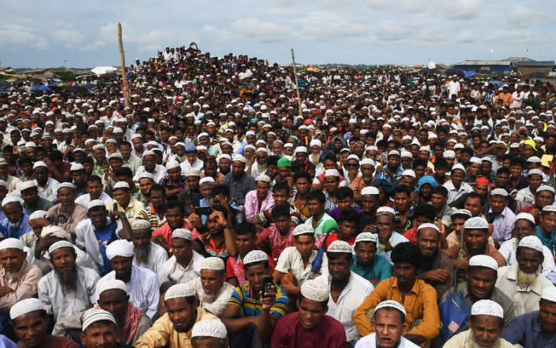 Rohingya refugees attend a ceremony in Bangladesh to remember the first anniversary of the military crackdown (AFP Photo/Dibyangshu SARKAR)